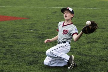 youth baseball glove 8 year old